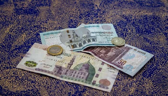 جوهر وطبيعة النقود