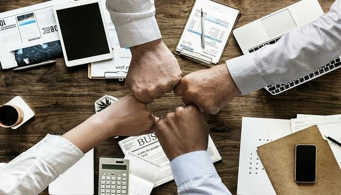 شروط نجاح اسلوب المشاركة في الإدارة و فوائده