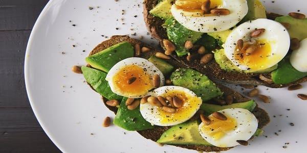 أطعمة ذات فوائد صحية مدهشة