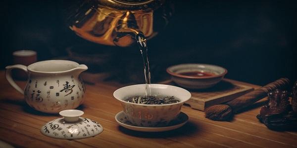 4 مشروبات ساخنة فعالة ضد آلام الدورة الشهرية